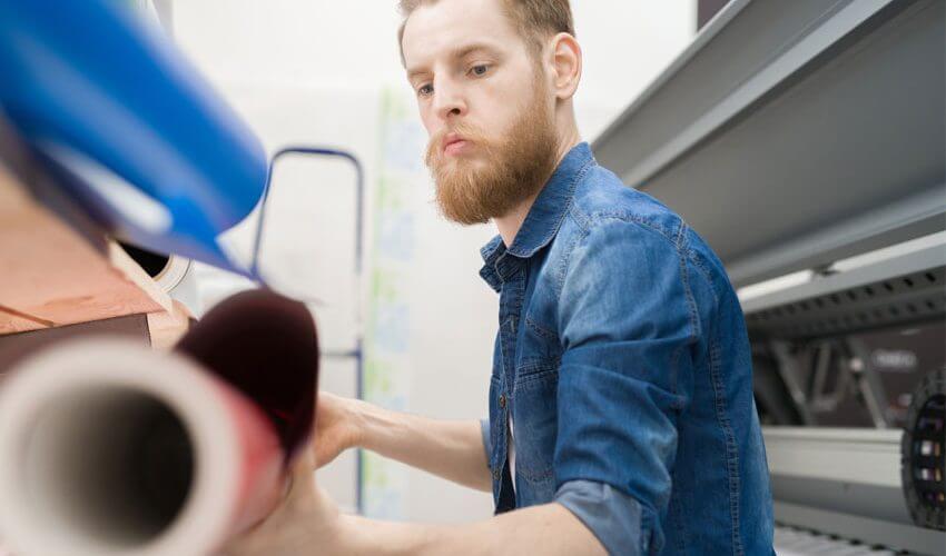 3 principais cuidados antes de comprar sua impressora solvente